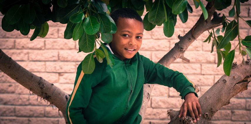 In honor of our 10-year anniversary, we are highlighting 10 remarkable Earthchildren from the past and present. Our Earthchild Spotlight number four is Chriswan Christians who is 10 years old and in Grade 4 at Hillwood Primary School in Lavender Hill. More than just a beautiful name and an absolutely charming face, Chriswan is a bright young student who realises the value of the environment in his life and the need to keep it safe for future generations. Such young eco-warriors continue to inspire us in our work and daily lives.