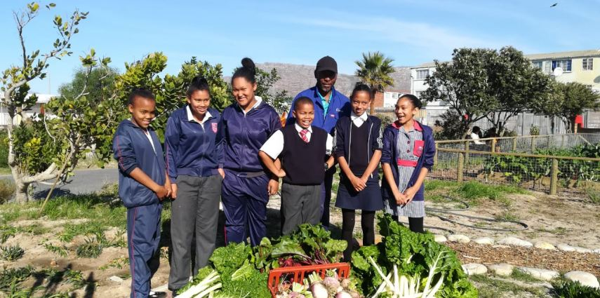 The 29th May 2019 was truly a special day as Earthchild Project, Urban Harvest, Christopher - our Garden Champion, as well as our Levana Primary EcoWarriors brought their green fingers to school and got their hands and faces dirty (from eating the freshly harvested beetroot) during the first big harvest from the Food Garden/outdoor classroom at Levana Primary School.